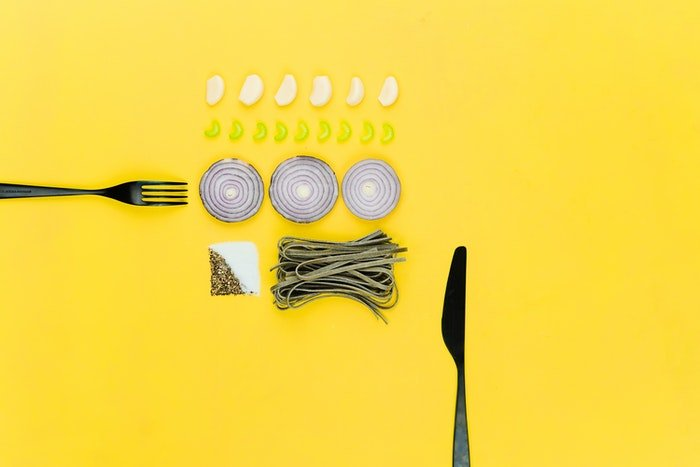 Food photography with a diy background