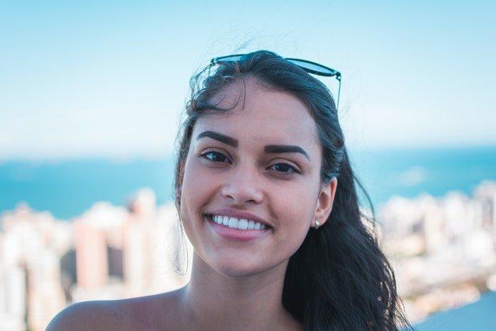 A profile photo of a girl outside