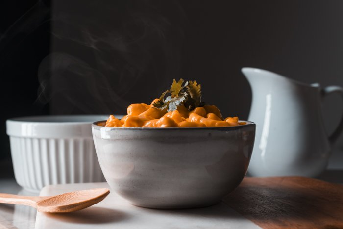 A bowl of mac and cheese.