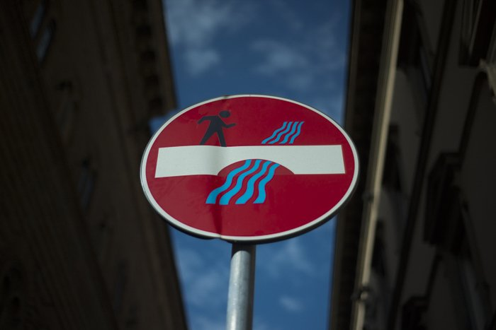 photo of a street sign