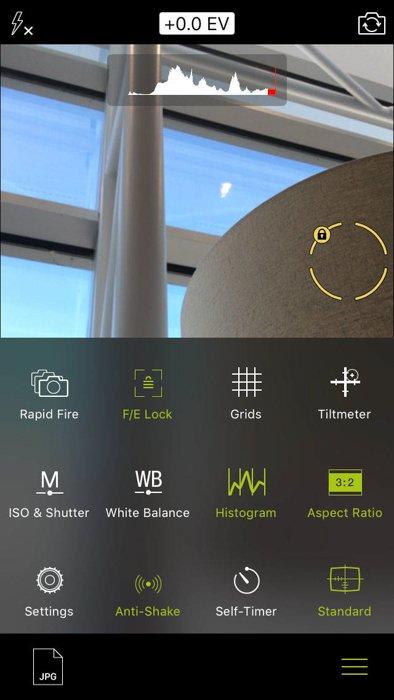 screenshot of pro camera app for iphone