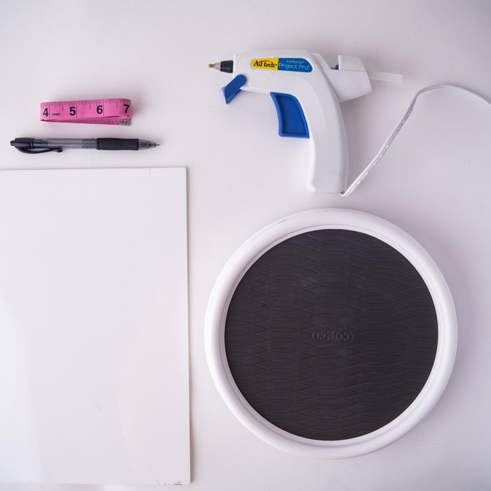 Materials Needed to Make a DIY Turntable for 360 photos