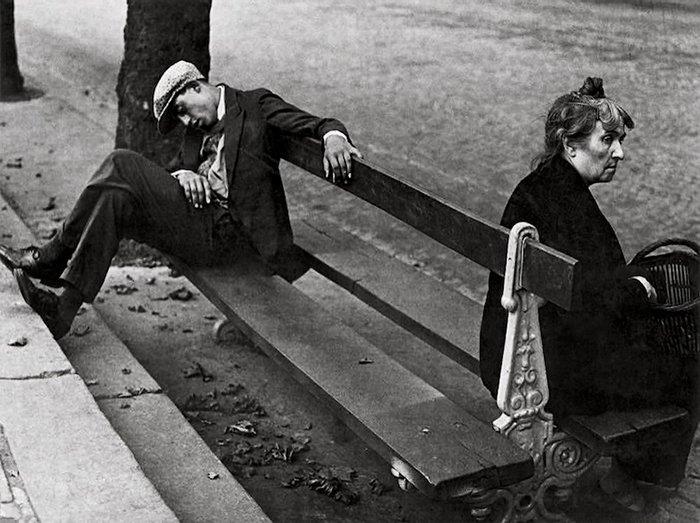 Strreet photo by Brassai, Montmartre, 1930