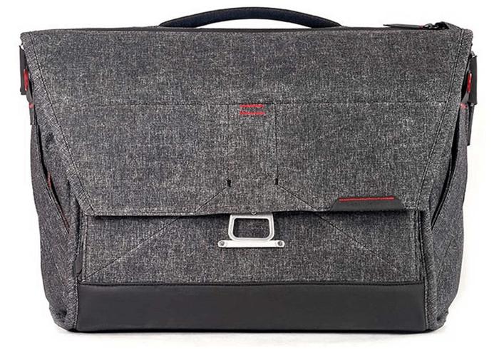 a shot of the Peak Design 15 Everyday Messenger Bag V1