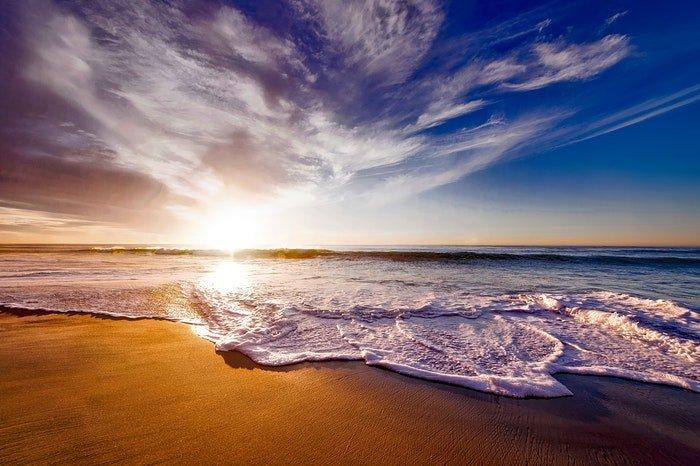 A beautiful hdr beach scene