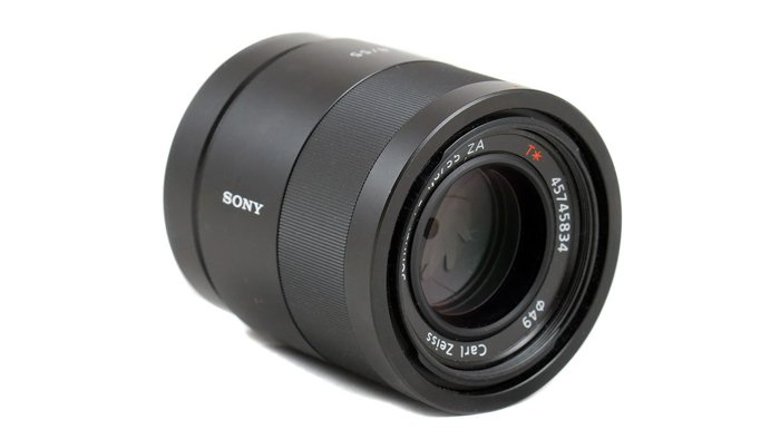 Image of the Sony FE Carl Zeiss Sonnar T* 55mm F1.8 ZA