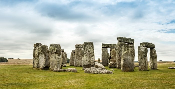 a photo of stonehenge