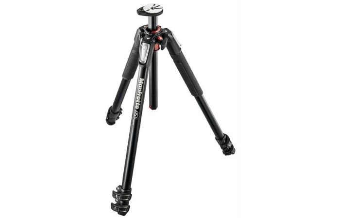 an image of a manfrotto tripod