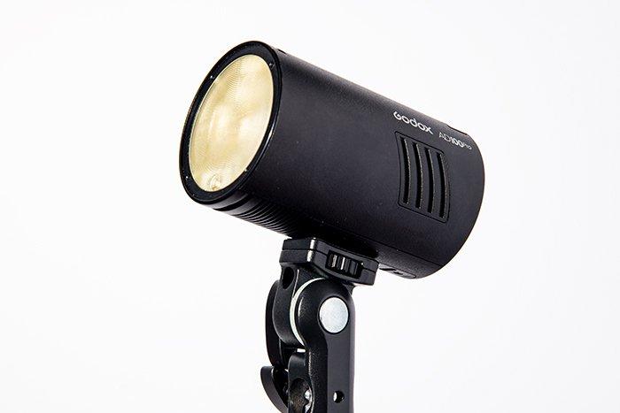 A small speedlight