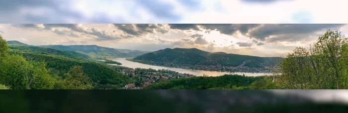 a panorama image taken with the an image taken with Zhiyun Smooth Q3