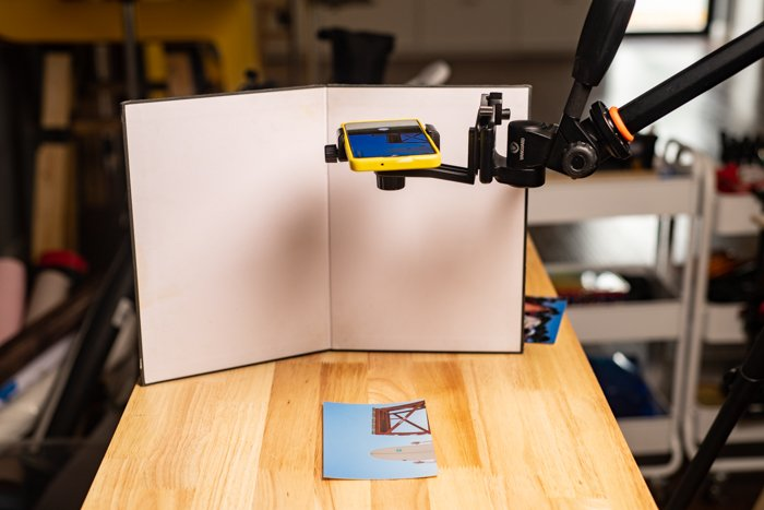 A simple setup using a tripod and a bounce card