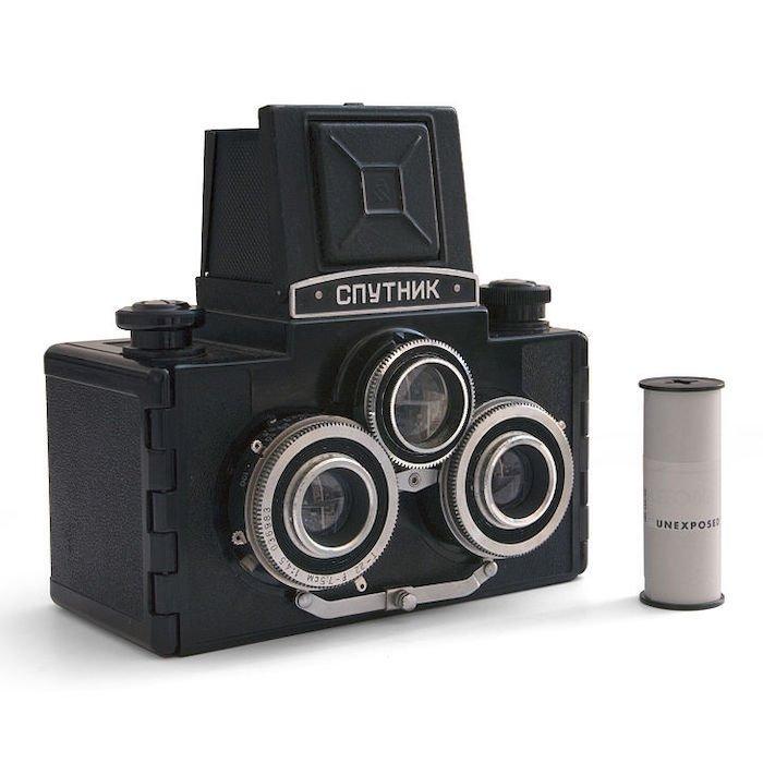 vintage sputnik stereo camera for 3D photography
