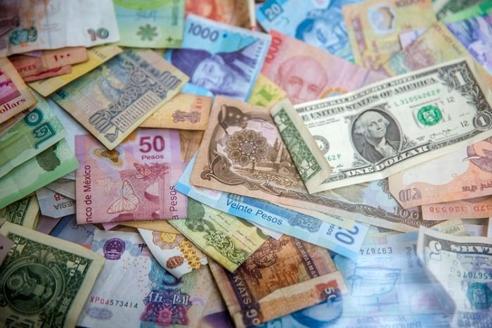 bank notes of national currencies