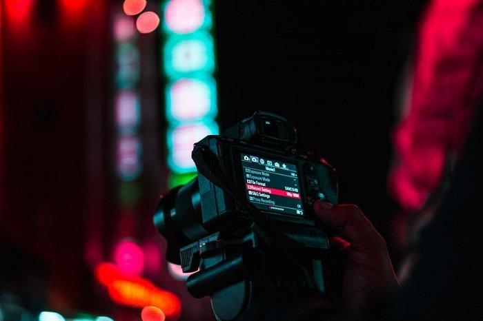 camera display showing settings menu at night