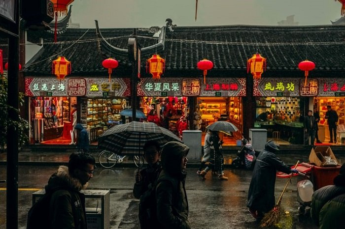 image of a shop vendors in Chinatown