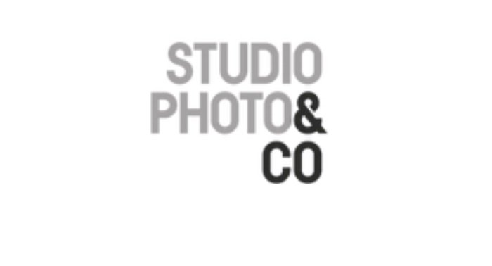 Studio Photo & Co logo using bold font with two colours