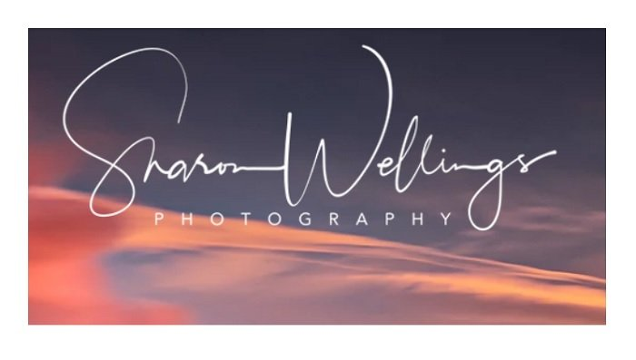 Sharon Wellings' signature as a logo