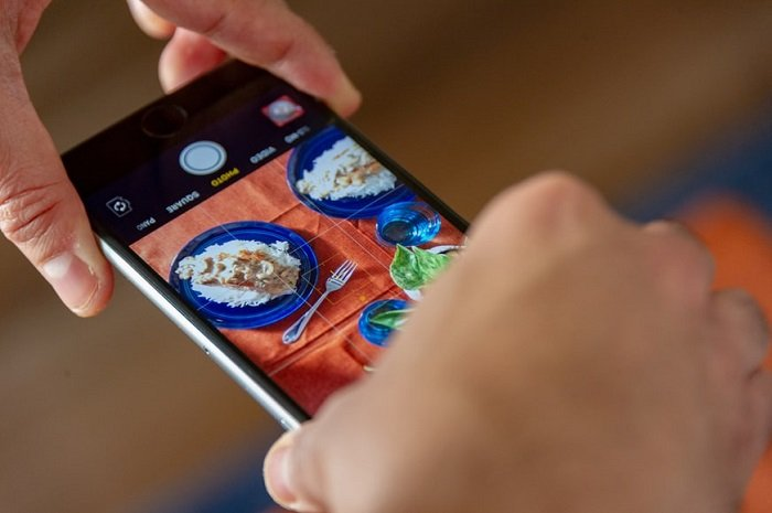 food photography with a smart phone in manual mode