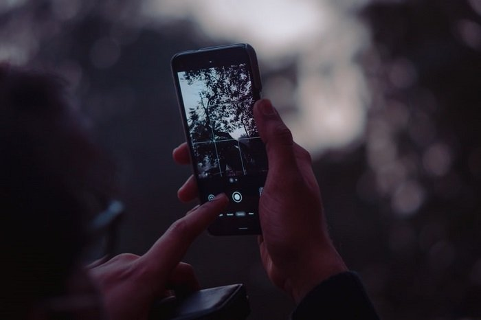 smartphone photography with poor white balance