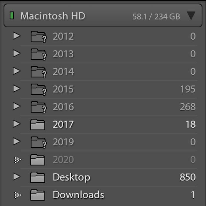 Adobe Lightroom organizes your files by date